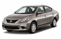 2013 Nissan Versa 4-door Sedan CVT 1.6 SV Angular Front Exterior View