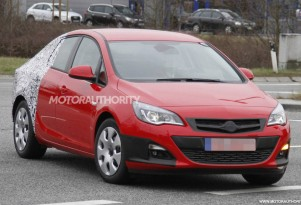 2013 Opel Astra Sedan