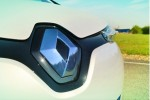 Sales Of Renault Zoe Off To Strong Start In France, Trounces Leaf