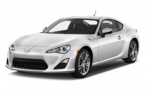 2013 Scion FR-S 2-door Coupe Auto (Natl) Angular Front Exterior View
