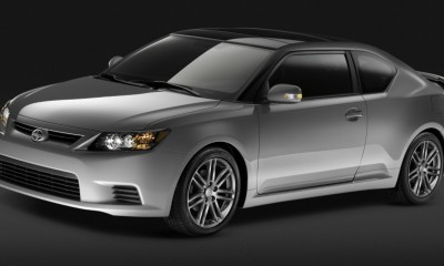 2013 Scion tC Photos