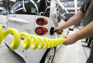 How Do You Make An Electric Car? Smart Shows You