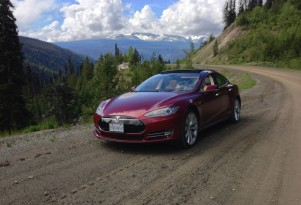 Tesla Model S Drivetrain Warranty Rises To 8 Years, Same As Battery Pack