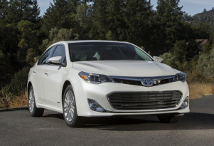Best deals on hybrid, electric, fuel-efficient cars for August 2017