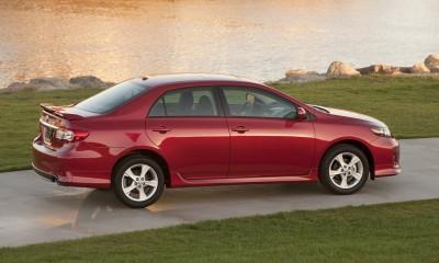 2013 Toyota Corolla Photos