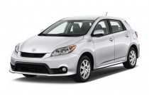 2013 Toyota Matrix 5dr Wagon Man S FWD (Natl) Angular Front Exterior View