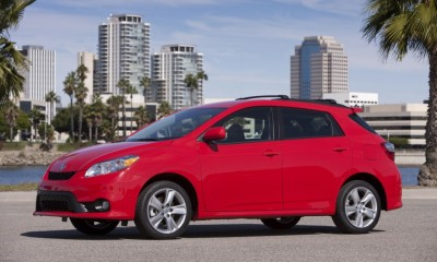 2013 Toyota Matrix Photos