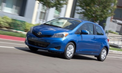 2013 Toyota Yaris Photos