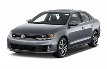 2013 Volkswagen GLI 4-door Sedan DSG *Ltd Avail* Angular Front Exterior View