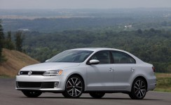 2013 Volkswagen GLI Photos