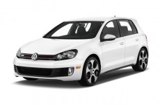 2013 Volkswagen GTI 4-door HB DSG PZEV *Ltd Avail* Angular Front Exterior View
