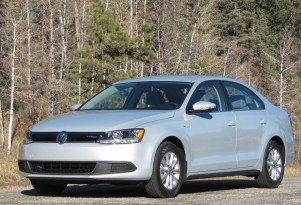 Green Car Reports 2013 Best Car To Buy: Volkswagen Jetta Hybrid, Honorable Mention