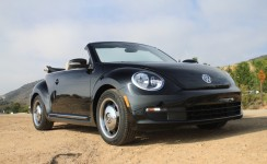 2013 Volkswagen Beetle Photos
