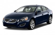 2013 Volvo S60 4-door Sedan T5 FWD Angular Front Exterior View