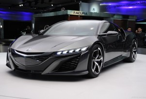 Acura NSX Update, Domestic Brands, 2014 Cadillac XTS: Car News Headlines