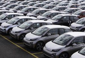 BMW Targets Twice As Many Electric-Car Sales This Year