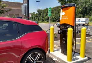 ChargePoint adds wait-list feature for electric-car charging stations