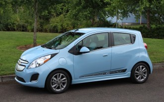 Chevy Spark Reviewed, Tesla At Hertz, Amazon Selling Cars: What's New @ The Car Connection