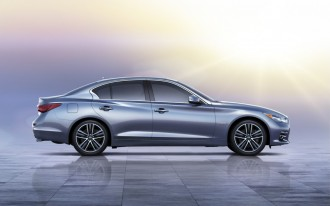 2014 Infiniti Q50 Priced From $37,605, Hybrid From $44,855