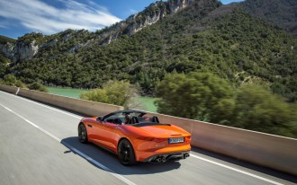 Jaguar F-Type Driven, Black Box Recorders, Mercedes GLA Class: Car News Headlines