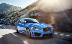 2014 Jaguar XF Photos