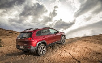 2014 Jeep Cherokee Recalled To Keep Windshield Wipers Working