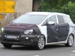 2014 Kia Rondo spy shots