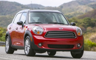 IIHS Small Car Crash Test Results: MINI Earns The Only 'Good'; Fiat, Nissan, Mazda Graded 'Poor'
