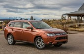 2014 Mitsubishi Outlander Photos