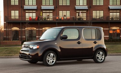 2014 Nissan Cube Photos