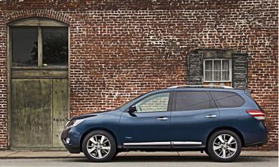 2014 Nissan Pathfinder Photos