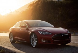 Aerodynamic Tesla Model S Electric Car Wins The Wind-Tunnel Wars