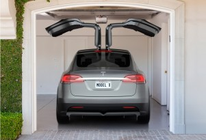 Tesla Model X Delayed Until 2015; Model E Name Will Change