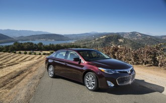 2014 Toyota Avalon Video Road Test