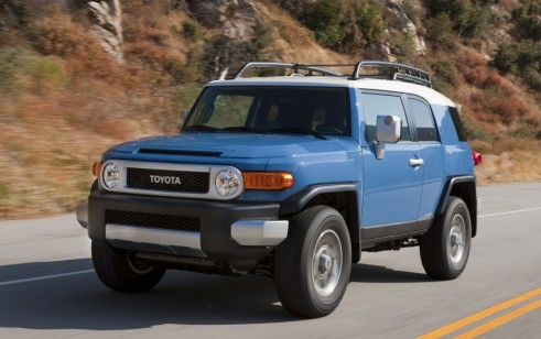 2014 Toyota Fj Cruiser Vs Jeep Grand Cherokee Jeep