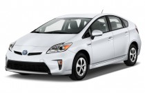 2014 Toyota Prius 5dr HB Three (Natl) Angular Front Exterior View