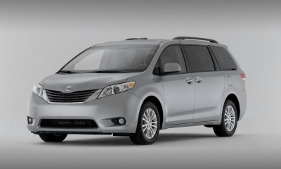 2014 Toyota Sienna Photos