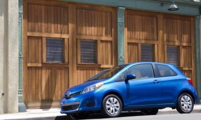 2014 Toyota Yaris Photos