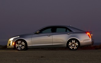 2015 Cadillac CTS Sedan Gets Coupe Face, Wireless Charging