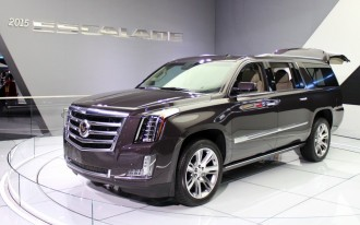 2014 VW Beetle, 2015 Cadillac Escalade, Car Options Rental: What's New @ The Car Connection
