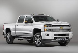 2015 Chevrolet Silverado HD Saddles Up For High Country