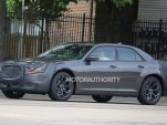 2015 Chrysler 300 facelift spy shots