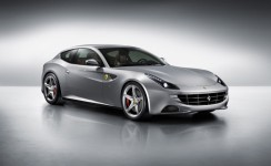 2015 Ferrari FF Photos
