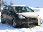 2015 Ford Focus RS development mule spy shots