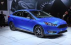 2015 Ford Focus Sedan Debuts At 2014 New York Auto Show: Live Photos