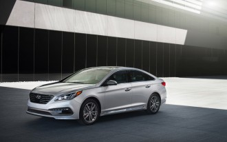 2015 Hyundai Sonata Recalled For Seat Belt Flaw: 140,000 Owners In U.S., Canada Affected