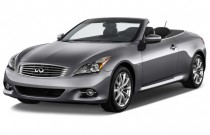 2015 Infiniti Q60 Convertible 2-door Angular Front Exterior View