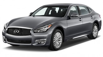 2015 Infiniti Q70L 4-door Sedan V6 RWD Angular Front Exterior View