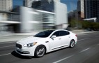 Kia Cuts Your Cost On K900