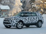 2015 Land Rover LR2 test mule spy shots
